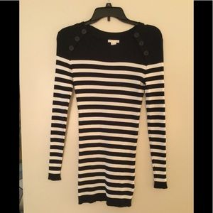 H&M Long Sleeve Ribbed Top Size S.